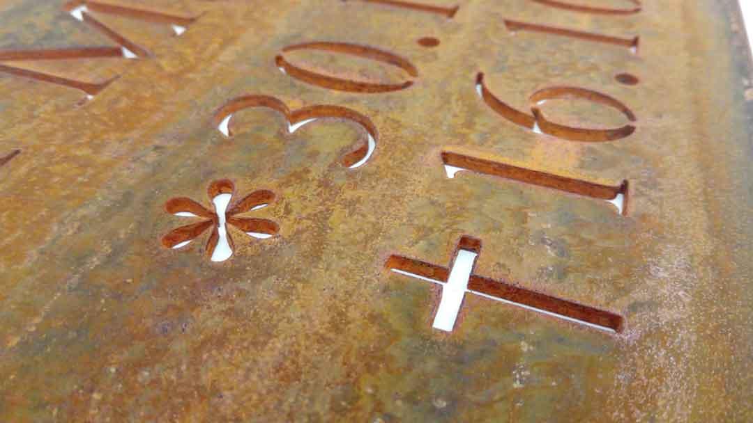 Muster Grabtafel aus Cortenstahl