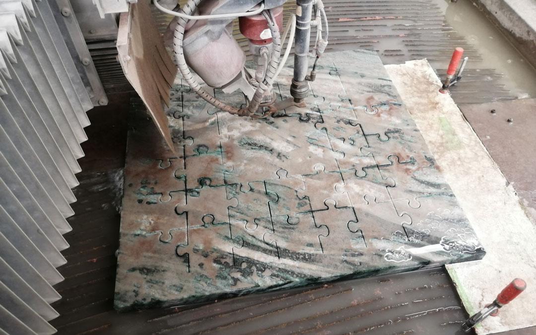 Wasserstrahlschneiden von 20 mm Marmor Puzzleteile